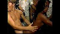Comendo a mulata safada em sexo no carnaval