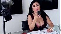 Xvideos com gorda dos peitões dando no escritório