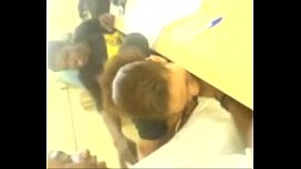 Ninfeta fazendo boquete na sala de aula