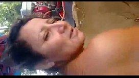 Tia puta recebendo dedada e pica no porno