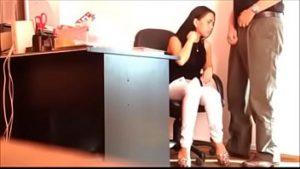 Vídeo com a secretária casada em vídeo traindo o esposo