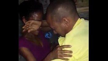 Xvideo de putaria na favela de casal safadinho