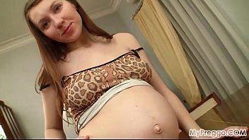 Porno com a gostosa gravida amadora safada em consolo