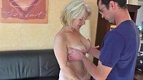 Velha em vídeo fazendo sexo com o intelectual safado