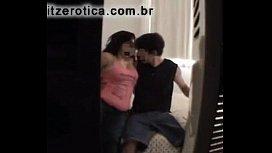 Sexo filmado com empregada brasil gemendo sem parar