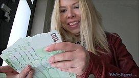 Peituda e bunduda da russa aceita dinheiro para transar