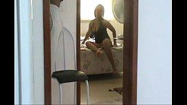 Esposa exibida se abre para o marido punhetar
