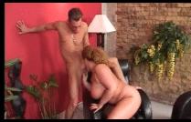 Velha rabuda mamando a pica do seu sobrinho