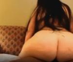Mulher da bunda gorda cavalgando no penis grosso