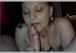 Mulher madura transando escondido com seu amante safado