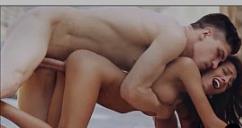 Vai novinha sexo delicioso com branquelo do pau gigante