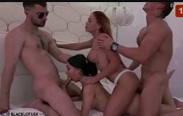 Sexo amador grupal com casais fazendo sexo gostoso juntos
