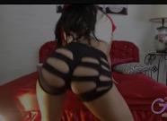 Novinha dançando funk peladinha na câmera de sexo ao vivo