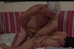 Velhinhos transando no filme porno bem gostoso a dois