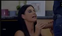 Mãe tirando a virgindade do filho no sexo gostoso com 18 anos