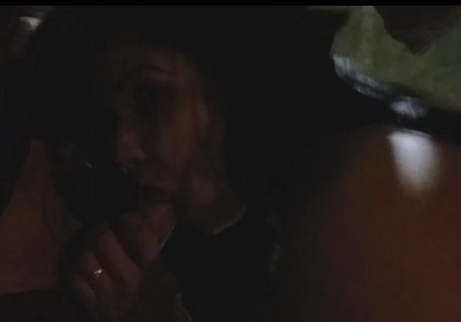 Video de sexo na rua da morena chupando a pica