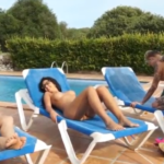 Videos de sexo na piscina na suruba com brasileiras fogosas