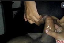 Adolecentes fazendo sexo escondido na madrugada