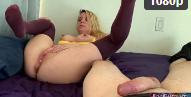 Filme pornô de menor fudendo a loira novinha pelada