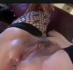 Dando uam ejaculada depois do sexo na buceta da tia