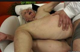 Filme amador de sexo das velhas gordas fudendo muito