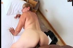 Safado da pica grossa fazendo sexo com velhas brasileiras
