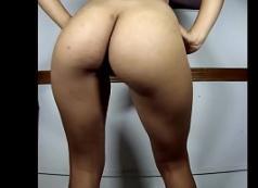 Vídeo caseiro real da larissa manoela nua no banheiro