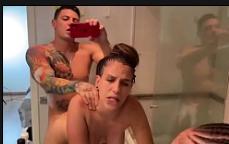 Filme de incesto da prima dando pro primo no banheiro