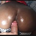 Roludo no filme porno socando no cu da puta sensual