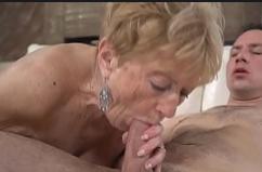 Filme de sexo real da vovó transando com neto