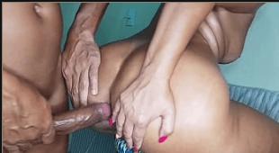 Fodendo um cuzinho apertado no mega gay porn