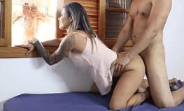 Vídeo de sexo do dotado comendo a amiga da irma